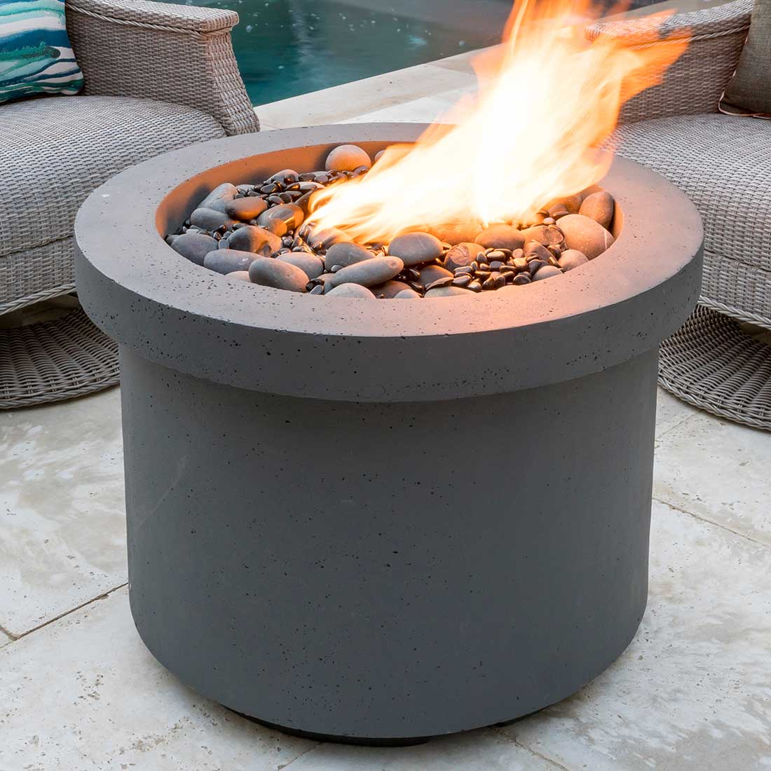 32 Quot Round Fire Table Summer Classics Contract